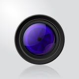 Kamerafotolinse mit Fensterladen. Stockbild