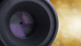 Kameralins med suddig bokehljusbakgrund Arkivfoton