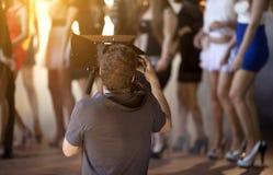 Kameraman Working On Set Royaltyfri Foto