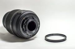 Kameraobjektivverbindungsstück und die Linse für Foto Lizenzfreie Stockbilder