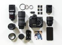 Kameraphotographbild zerteilt Ausrüstungen stockfotos