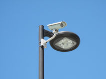 kameraströmkretsen stängde den lampa lokaliserade stolpen Arkivfoton