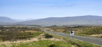 kamery cumują rannoch Scotland znaka prędkość Obraz Royalty Free