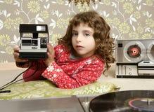kamery dziewczyny małej fotografii retro izbowy rocznik Obraz Stock
