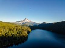100 kamery powietrznej 300dpi d helens mt, st pary wentylacji wzrok się Waszyngton Kapiszon przez Przegranego jezioro zdjęcia royalty free