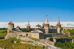 Kamianets-Podilskyi slott, 14th århundrade, Ukraina Royaltyfri Foto