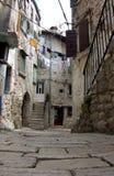 Kamień brukująca ulica w Rovinj, Chorwacja Obrazy Royalty Free