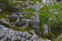 Kamień Rujnująca wioska w górach Zdjęcia Royalty Free