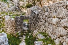 Kamień Rujnująca wioska w górach Fotografia Stock