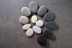 Kamień spirala na czarnym tle zdjęcie royalty free