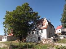 Kamienia stary dom obraz stock