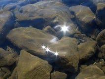 kamienie pod wodą Zdjęcia Stock