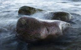 Kamienie przy nadmorski Zdjęcia Stock