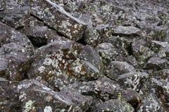 Kamienie przy Sheepeater falezą Obrazy Royalty Free