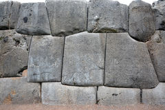 Kamienie w ścianie przy Sacsayhuaman ruinami, Cuzco, Peru Fotografia Stock