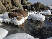 Kamienie w morzu fotografia stock