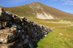 Kamienna ściana przy St Kilda, Zewnętrzny Hebrides, Szkocja obraz stock