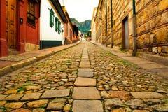 Kamienna ścieżka w antycznym miasteczku zdjęcie royalty free