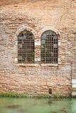 Kamienna ściana z okno Obrazy Royalty Free