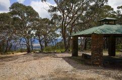 Kamienna punkt obserwacyjny buda przy Mt Boyce, Błękitne góry, Australia Obraz Royalty Free
