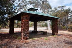 Kamienna punkt obserwacyjny buda przy Mt Boyce, Błękitne góry, Australia Zdjęcie Stock