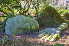 Kamienna statua przy Beacon Hill parkiem w Wiktoria, Kanada zdjęcie stock