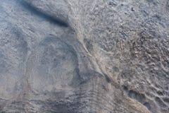 Kamienna tekstura w śniegu i lodzie Góry ściana Rockowa tekstura Obrazy Stock