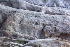 Kamienna tekstura w śniegu i lodzie Góry ściana Rockowa tekstura Fotografia Royalty Free