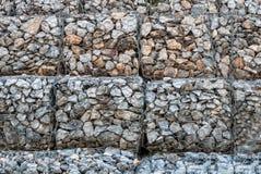 Kamienne ściany zapobiegają erozję góra Zdjęcie Royalty Free