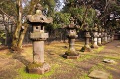 Kamienni lampiony w Toshogu świątyni, Ueno, Tokio Zdjęcia Royalty Free