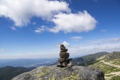 Kamienni mężczyzna na wierzchołku góra Chopok, Niskie Tatrzańskie góry, Niski Tatras fotografia stock