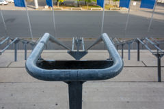 Kamienni schodki z metali poręczami od above Obrazy Stock