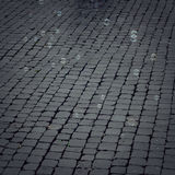 Kamienny bruk z mydlanymi bąblami unosi się wokoło rocznika skutka Fotografia Royalty Free