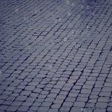 Kamienny bruk z mydlanymi bąblami unosi się wokoło rocznika skutka Zdjęcia Stock