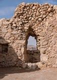 Kamienny drzwi przy Masada Zdjęcia Stock