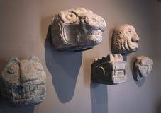 Kamienny głowy Cabezas Clavas od Chavin De Huantar obraz royalty free