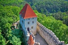 Kamienny grodowy Kokorin pobyt na wzgórzu zdjęcia royalty free