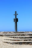 Kamienny krzyż przy przylądka krzyża zatoką, kościec Brzegowy Namibia Zdjęcia Royalty Free