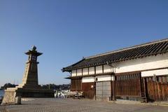 Kamienny lampion w Tomonoura obraz royalty free