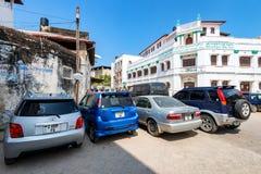 KAMIENNY miasteczko ZANZIBAR, STYCZEŃ, - 9, 2015: Ulica Kamienny miasteczko na słonecznym dniu Zdjęcia Stock