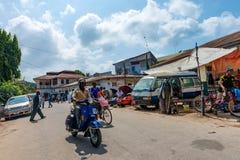 KAMIENNY miasteczko ZANZIBAR, STYCZEŃ, - 9, 2015: Ulica Kamienny miasteczko na słonecznym dniu Zdjęcie Royalty Free