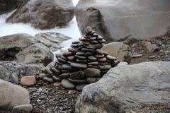 Kamienny ostrosłup morze Zdjęcie Stock