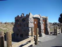 Kamienny Outhouse w szarość Obrazy Stock