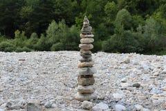 Kamienny wierza na plaży Fotografia Stock