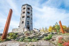 Kamienny wierza w parku Zdjęcia Stock