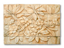 Kamienny wpisowy cyzelowanie Plumeria kwiat w odosobnionym backg Fotografia Royalty Free