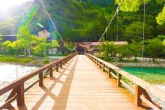 Kamikochi напротив палубы моста h каппа-Bashi банка Стоковое фото RF