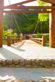 Kamikochi di fronte alla piattaforma di ponte della kappa-Bashi della Banca V Fotografia Stock