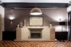 Kamin in der Gaststätte Lizenzfreie Stockbilder