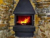 Kamin und Feuer Stockfoto
